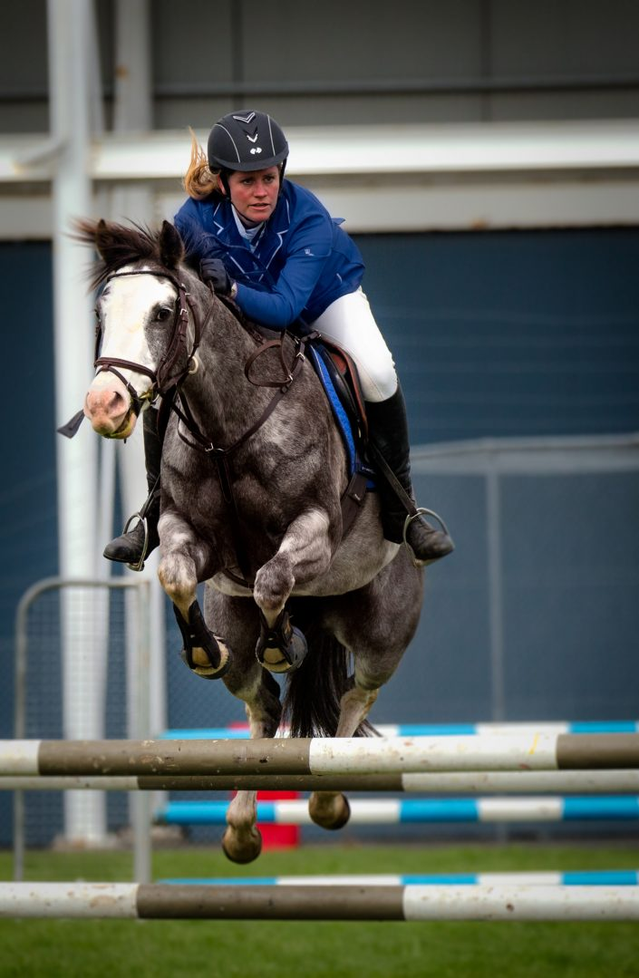show jumping 1
